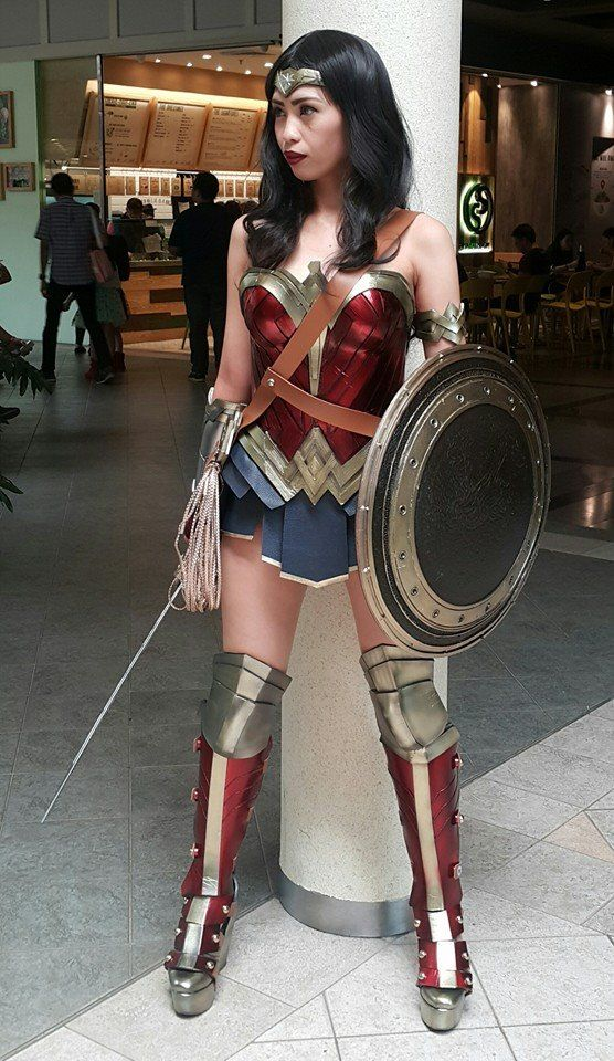 "cosplayandgeekstuff: ""  Izabel Cortez (Philippines) as Wonder Woman. Photo: ©2016 Izabel Cortez """
