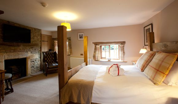 Luxurious B&B near Chipping Campden - 4-star accommodation   The Ebrington Arms
