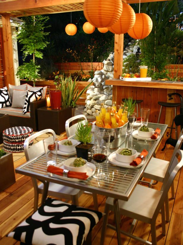 table setting for outdoor space