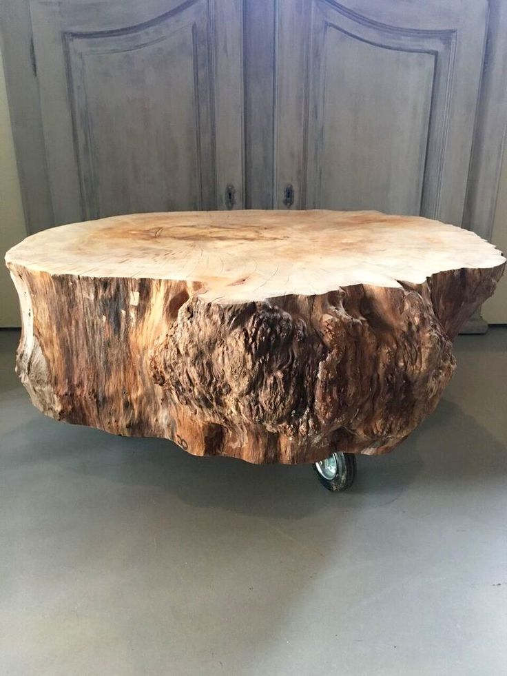Boomstam salontafel Plataan. Tree trunk table Platan. Dutch design from a furniture designer. A nice coffee table for each interior. Creative Open is specialized in processing wood products. Especially trunk tables. Get some wood inspiration! #treetrunk #tree #wood #interior #design #inspiration #CreativeOpen #treetrunktable #table #coffeetabel #platan