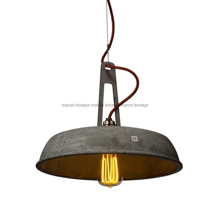 Lampa   // projekt  Marcin Boratyn // odlew z betonu połączony  metalowym uchwytem