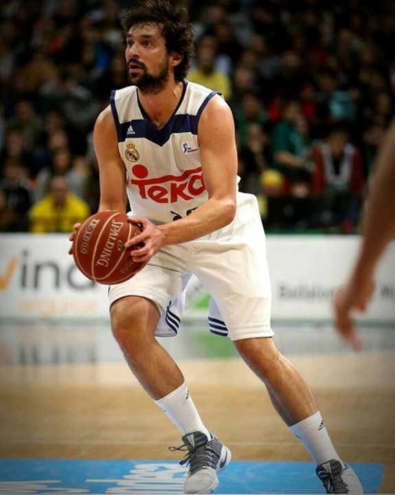TOP 3 EUROPEAN PLAYERS OUTSIDE THE NBA  #3 Serhio Llull SG Real Madrid  Spain   His trademark is his speed and in recent years he has an increasingly strong clutch element in his game.He is one of the best defensive players in Europe.Last summer he refused to come to Houston Rockets. I would like to see Llull in Oklahoma City Thunder. He is good shooter and he can help Westbrook a lot.  #2 Nando de Colo SG Cska Moskow France  He is the specialist in the one on one he can shoot from the…