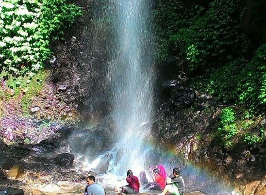 """Harga Tiket Masuk Air Terjun Dlundung Trawas Mojokerto """"Wisata Seru Jawa Timur"""" - http://www.bengkelharga.com/harga-tiket-masuk-air-terjun-dlundung-trawas-mojokerto-wisata-seru-jawa-timur/"""