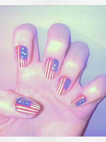Getting all those lines so nice and straight can be time-consuming, but Karina's manicure proves it's worth it!