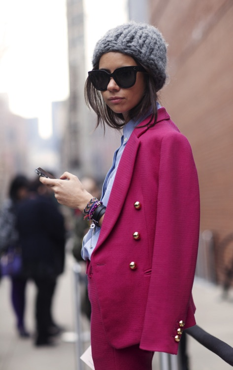 too coolFashion, Street Style, Hot Pink, Knits Hats, Friendship Bracelets, Chunky Knits, Winter Hats, Pink Blazers