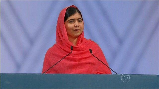 G1 - Paquistão condena 10 homens à prisão perpétua por ataque a Malala - notícias em Mundo