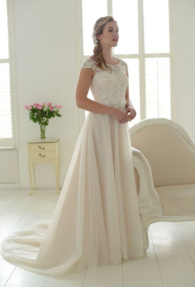 03b101726834 Pin by Amy-Louise Thompson on wedding   Lace weddings, Wedding dresses,  Wedding