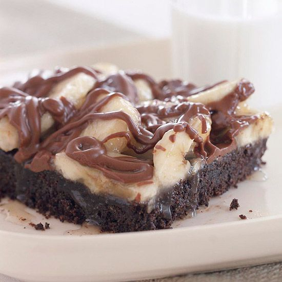 Banana Crunch Bars  ..      Fresh banana slices, creamy milk chocolate, and peanut butter pieces layered on top of a crisp chocolate crust creates the ultimate after-dinner indulgence.