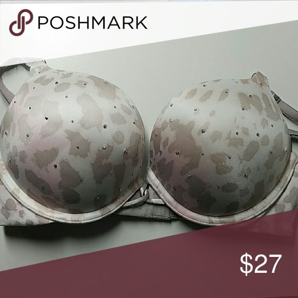 Bras The perfect push-up bra. Very beautiful bra, this great bra moves your boobs up making you feel like you have a big brest ?  in good conditions:) Victoria's Secret Intimates & Sleepwear Bras