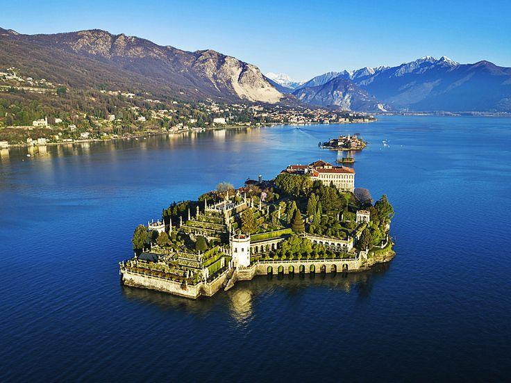 Veduta aerea dell'Isola Bella, Lago Maggiore.