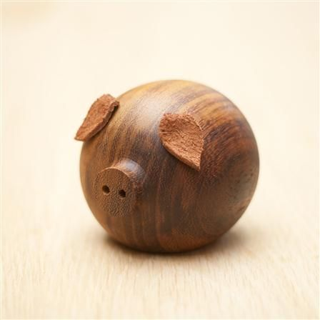 Stumped Studio - Pig, Wooden Character, 12x10x10cm