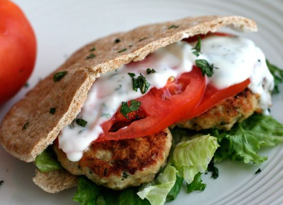 Greek Chicken Burgers ( i love greek food!!)