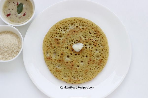 Sweet Fenugreek Pancakes. Called as surnali, godu polo in Konkani. These are sweet, rice based dosas that are soft & fluffy after overnights fermentation.  Surnali are enjoyed with loads of ghee & sugar on top. These dosas are called menthe dose in Kannada.  Not so sweet dosas, without jaggery savoury dosas are enjoyed with a spicy coconut chutney.