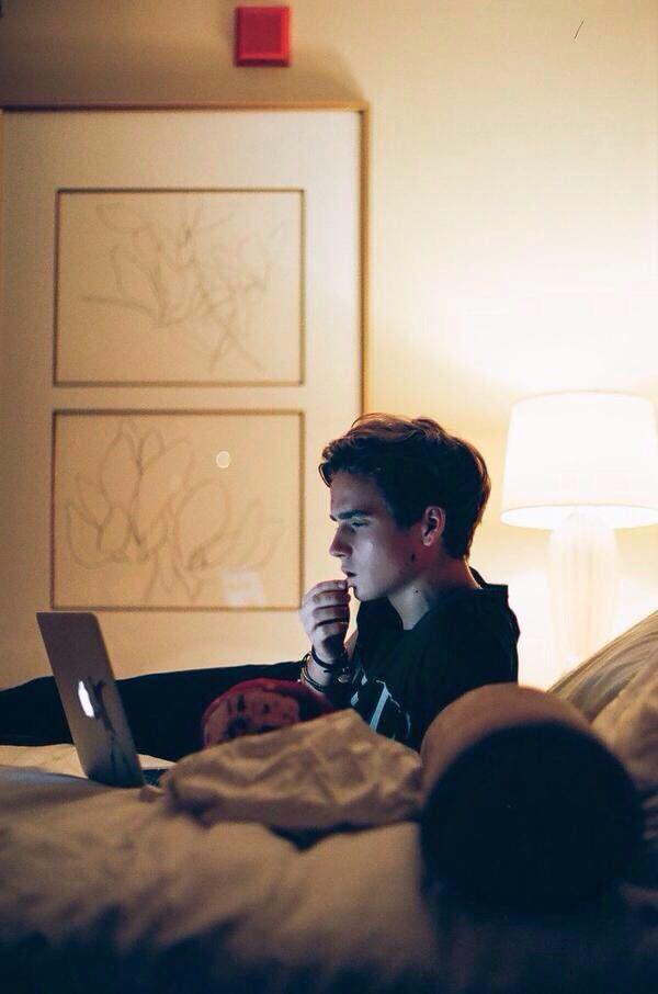 skinny love    joe sugg (on Wattpad) http://my.w.tt/UiNb/teHfkm9s7s #fanfiction #Fanfiction #amreading #books #wattpad
