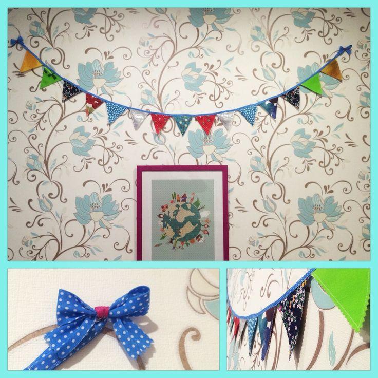 Гирлянда из ткани- прекрасное украшение комнаты, в том числе и к праздникам!