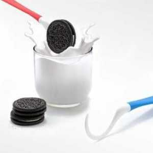 Obviously, everyone needs and oreo dipping spoon!