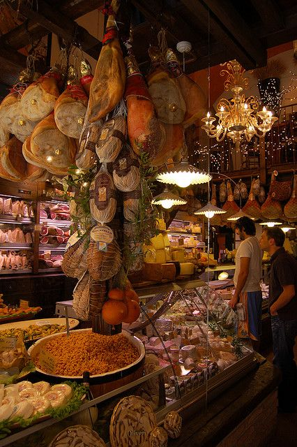 Bologna | Mercato del Mezzo  Luv'd this store...bought soo much cheese