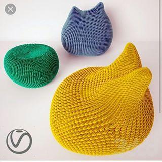 Как думаете, получится у нас связать такие пуфы?   #вязаныйпуф #challenge #crochet #pooof_crochetchallenge #вяжутнетолькобабушки #пуф #пуфик #пуфики #бескаркасная #удобнаямебель #cozy #cozyhouse #уютныйдом #уютдома #дизайнинтерьеров #стильныйдом #дизайн #интерьер #скандинавскийдизайн #нск #новосибирск