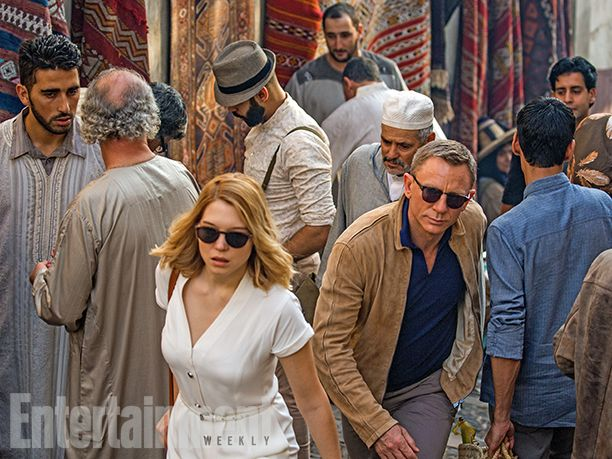 James Bond movie http://blog.smartbuyglasses.co.uk/celebrity-style/james-bond-the-sunglasses-file.html