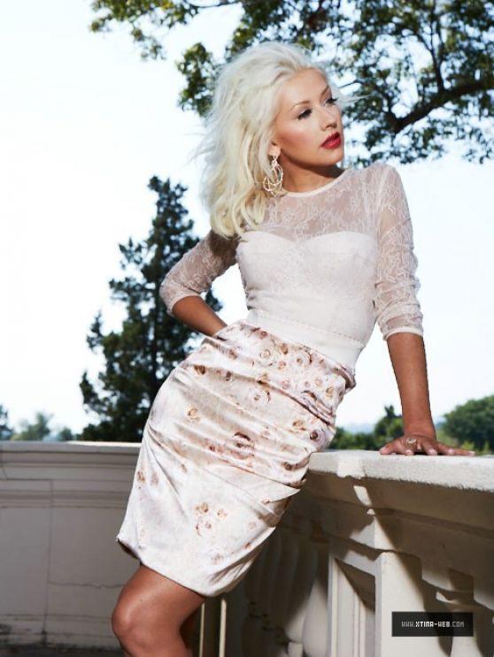 Christina Aguilera Photoshoot - Elle Magazine Brazil ...
