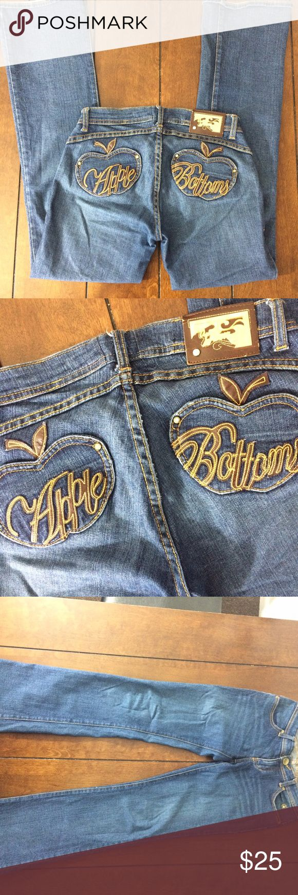 Apple bottom stretch jeans Woman's size 30 (there is no size tag---I measured) Apple bottom jeans. Some wear. No holes no stains. Waist measures 15 inches flat across, inseam is 32 inches and rise is 7 1/2 inches. Apple Bottoms Jeans Boot Cut