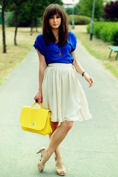 L'estate 2014 propone una deliziosa combinazioni di colori: il blu, il bianco con il giallo