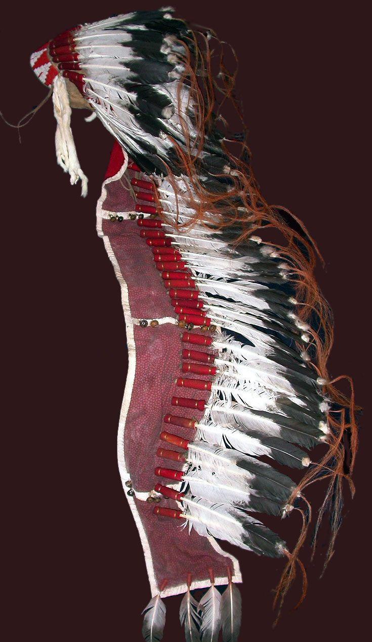 Replica single trailer headdress inspired by Hunkpapa Lakota headdress, North Dakota, worn by Chief Rain in the Face, 1884-85