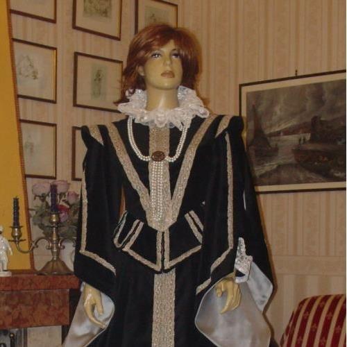 ABITO COSTUME STORICO FEMMINILE RINASCIMENTALE SPAGNOLO SECONDA META' 1500