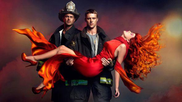 """1. """"Chicago Fire"""" racconta le vicende di alcuni pompieri e paramedici del Chicago Fire Department. Sempre in prima linea quando si tratta di salvare vite, la..."""