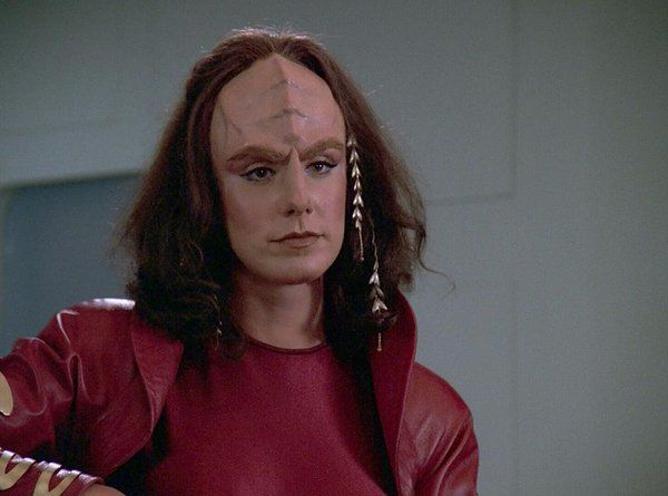 US actress Suzie Plakson speaks at a press conference in
