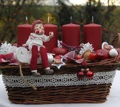 Výsledek obrázku pro vínová barva vánoční výzdoba