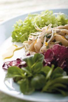 Insalata colorata con cannellini e germogli - Tutte le ricette dalla A alla Z - Cucina Naturale - Ricette, Menu, Diete
