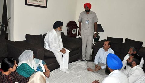 CM Parkash Singh Badal today called on Mr. Abhay Singh Sandhu - the nephew of country's legendary martyr Shaheed Bhagat Singh here at his residence to condole the sad demise of his son Abhitej Sandhu, who succumbed to his injuries in a fatal road accident near Rampur in Shimla on Sunday. We all pray to the Almighty to give the family enormous courage and strength to bear this huge loss in this hour of grief and grant eternal peace to the departed soul.