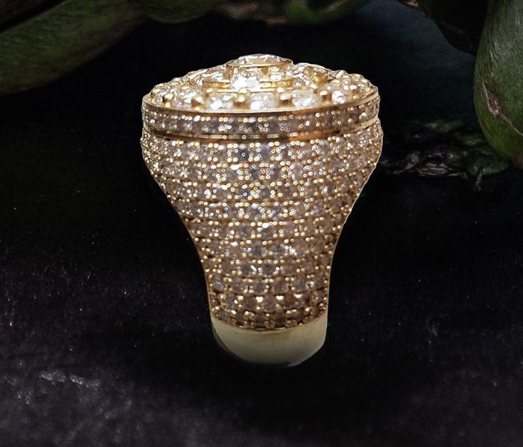 Linara Men's Round Cluster Pave Diamond Shank Ring in 18k Yellow Gold