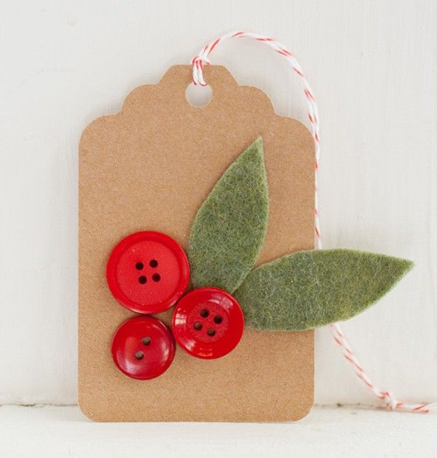 Holly Sprigs Gift Tags | Ideas For Fun and Creative DIY Christmas Gift Tags