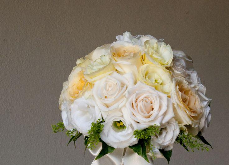 Giulietta:bouquet bianco e crema