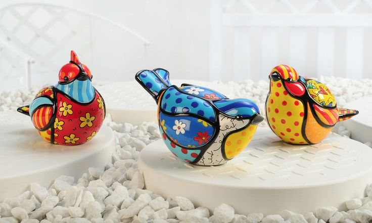 ROMERO BRITTO GARDEN BIRD STATUES, SET OF 3 ASST. ** RARE ** NEW **