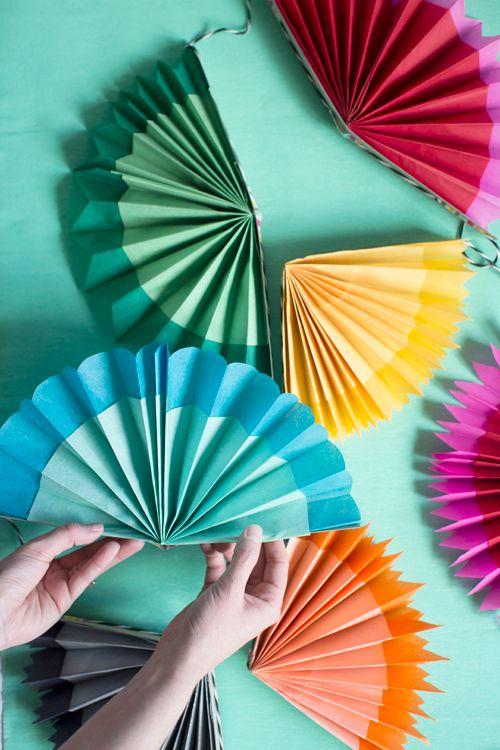 Paper fan garland tutorial - fun kid craft for cinco de mayo