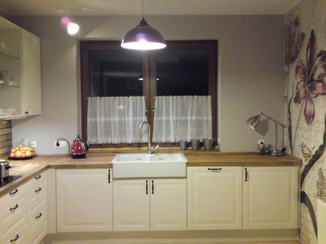 Biała kuchnia Lidingo (Ikea) z drewnianym blatem  wybór   -> Kuchnia Prowansalska Meble Ikea