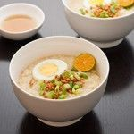 Filipino chicken arroz caldo: what my mom makes for us when we're sick