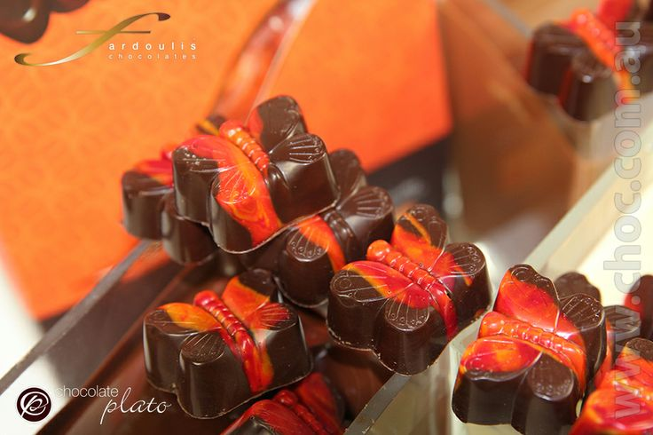 #Australian made with pure couverture #chocolate #online #David Jones #Sydney #Luxurygifts #chocolategiftboxes #darkchocolate