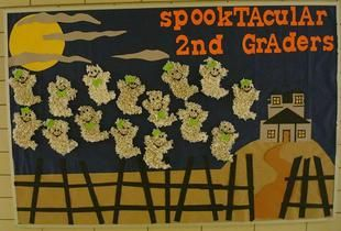 Kaytee, second grade teacher and bulletin board designer featured at Super Teacher Ideas, knows that sometimes 'success is in the details'! Her 'spooktacular' haunted house Halloween scape featuring...