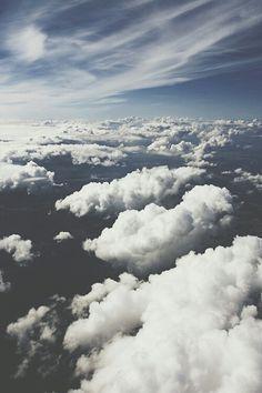 El cielo será heredado por cada hombre que lleva el cielo en su alma. Henry Beecher.