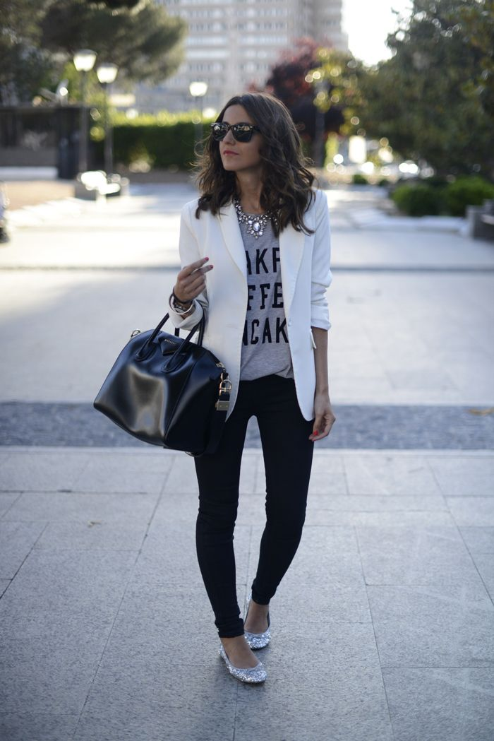 10 Ways to Wear a White Blazer Graphic Tee