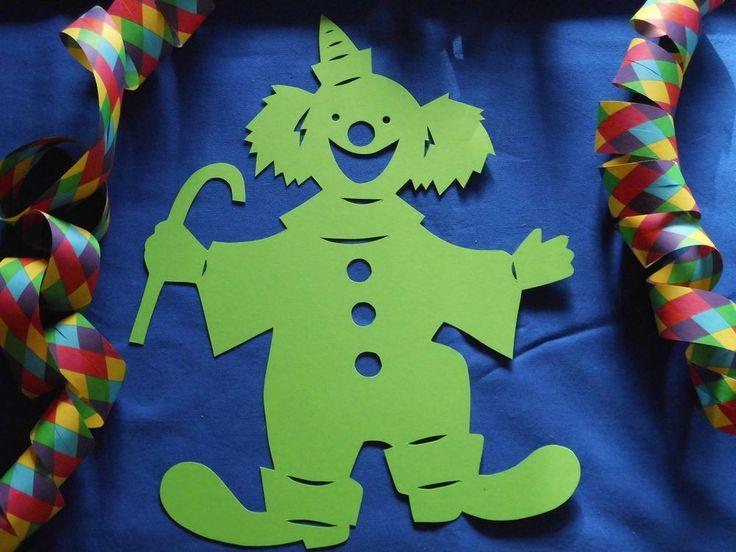 Fensterbild Tonkarton Karneval Clown mit Stock grün 29 cm Deko filigran NEU + in Bastel- & Künstlerbedarf, Bastelmaterialien, Bastelpapier | eBay!