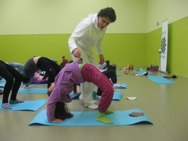 """Aulas do Yoga gratuitas para """"Exames sem Stress"""" em Vila do Conde - http://local.pt/aulas-do-yoga-gratuitas-para-exames-sem-stress-em-vila-do-conde/"""