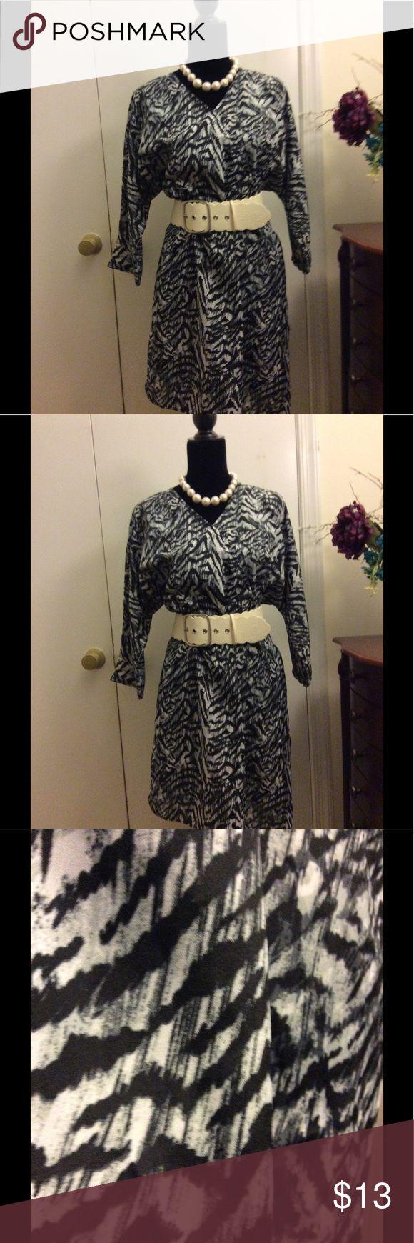 Kardashian Kollection Zebra Print Dress Kardashian Kollection Zebra Print Dress, Size Large, 100% Polyester, Machine Washable Kardashian Kollection Dresses Midi