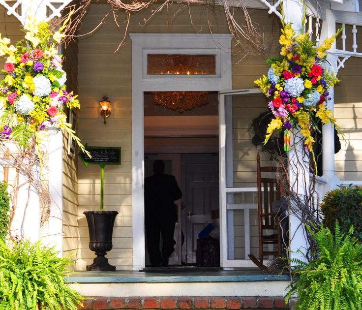 30 Gorgeous Farmhouse Front Porch Design Ideas Freshouz Com: Front Porch Decorating Ideas For Wedding