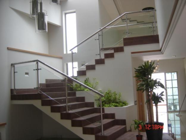 24 best images about escaleras on pinterest - Baranda para escalera ...