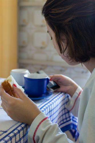 Must-pin if you're pregnant -- the safety of caffeine while pregnant!  http://thestir.cafemom.com/pregnancy/172421/drinking_caffeine_while_pregnant_is?utm_medium=sm&utm_source=pinterest&utm_content=thestir&newsletter